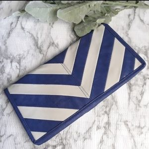 Forever 21 Blue and Grey Chevron Clutch